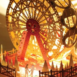 Ferris Wheel Couple In Love Light Model – Postalk